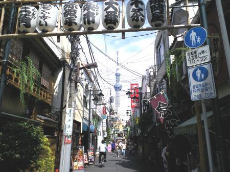 浅草から見る東京スカイツリー(25.5.21)