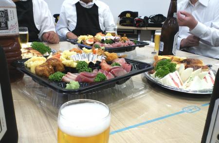 新消防署で直会(25.6.23)