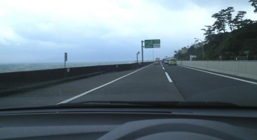 西湘バイパスを小田原へ(25.7.5)