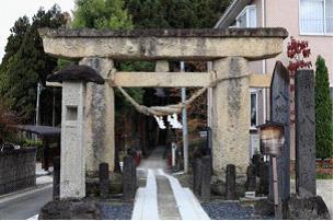 グラフィックス2八幡神社石鳥居