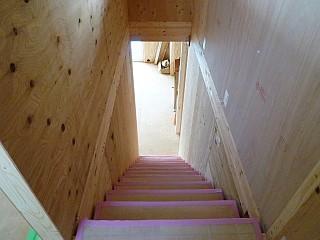 2階からみた階段