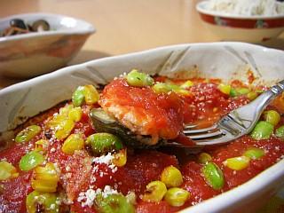 鶏むね肉と夏野菜のトマトソース焼き