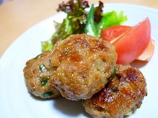 肉味噌風味のひとくちポークハンバーグ