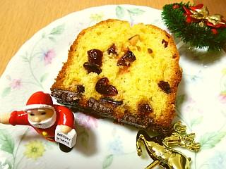 クランベリーとピスタチオのこんがりショコラパウンドケーキ