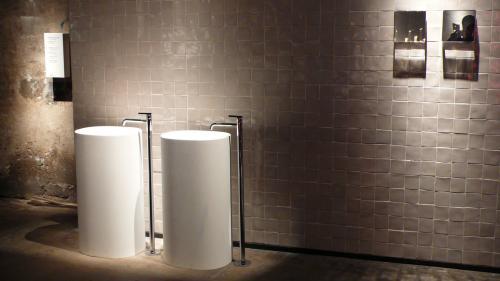 円柱の洗面