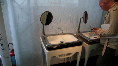 鏡付き洗面