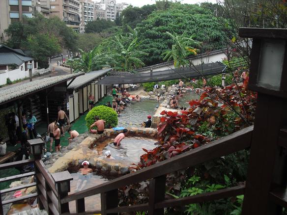 20 公共の露天風呂