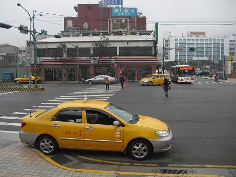 10 永寧駅