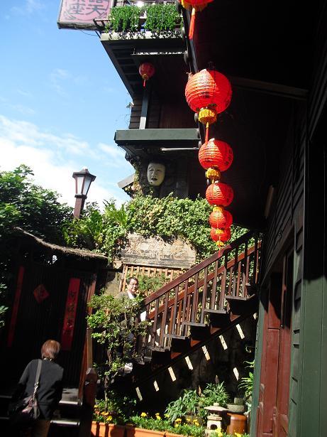 1 茶芸館の入口階段