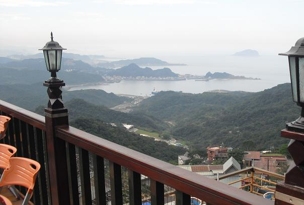 8 茶芸館の屋上よりの景色