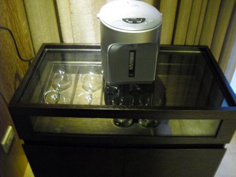 11 象印電気湯沸し器・ワイングラス