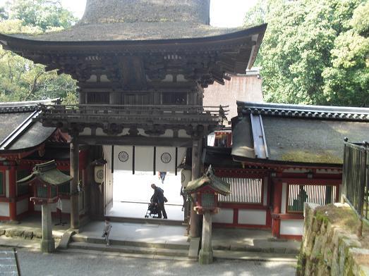 8 石神神宮・桜門