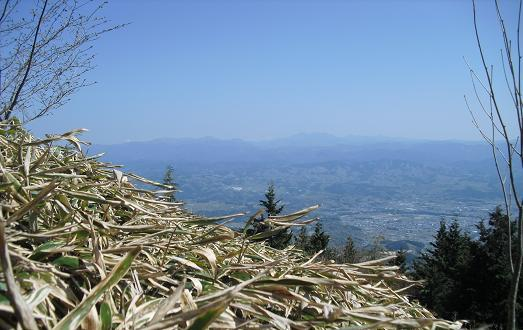 11 大峰山・遠望