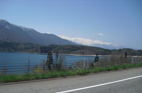 9 青木湖と白馬岳・小蓮華山