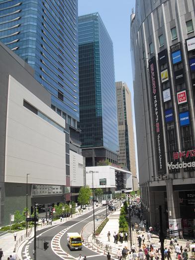 1 グランフロント大阪