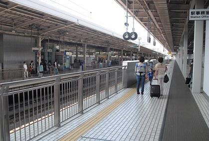 2 新大阪駅s
