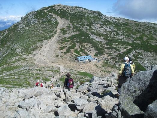 13 中岳2925mより木曽駒ヶ岳2956mを望む