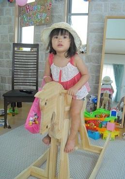 5 木馬に乗るa