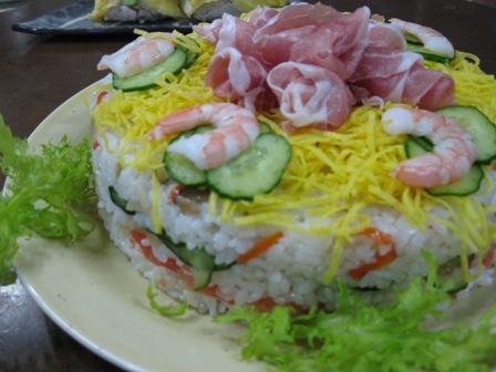 ひなまつりデコレーションちらし寿司