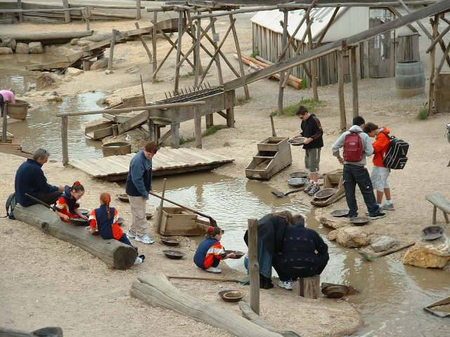 2003 miners at Sovereign Hill
