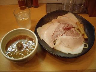 魚とん とろ肉つけ麺