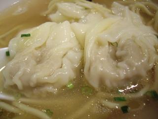 支那そば八雲 白だし肉ワンタン麺(ワンタン)