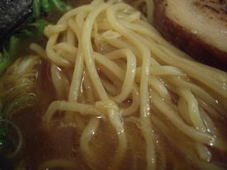 ラーメン香取 三鷹本店 醤油ラーメン(麺)