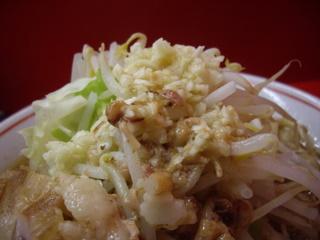 麺でる戸越店 小らーめん豚入り+2枚(ニンニクアブラ)