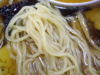 だるま軒 醤油ラーメン(麺)