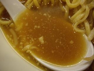 秋葉らーめん一花 一花熟成醤油ラーメン(スープ)