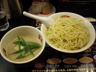 がっつり!!つけ麺風龍 秋葉原店 白とんこつ
