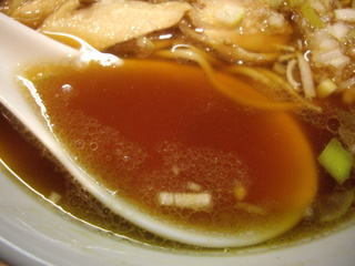 まんぞく屋たけまる本店 肉そば[鶏](スープ)