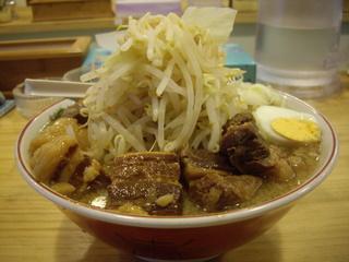 サブ郎ラーメン ラーメンふと麺+角煮大盛
