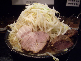 麺屋鬼瓦 ラーメン小[野菜増し]