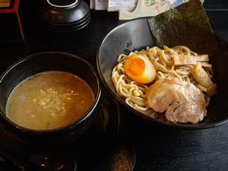麺屋ゴ→ゴ→ラ~メン 魚介豚骨つけめん