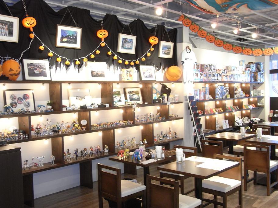 グッスマカフェ店内2