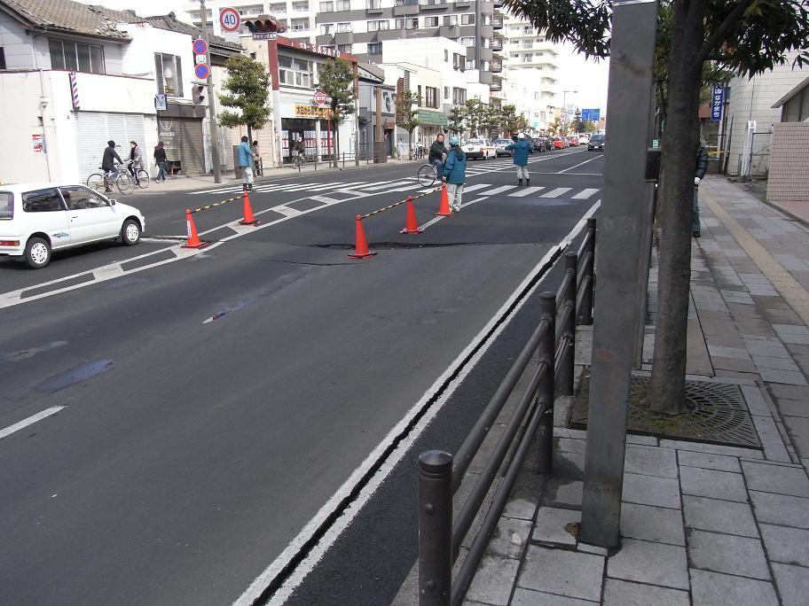 沈んだ道路