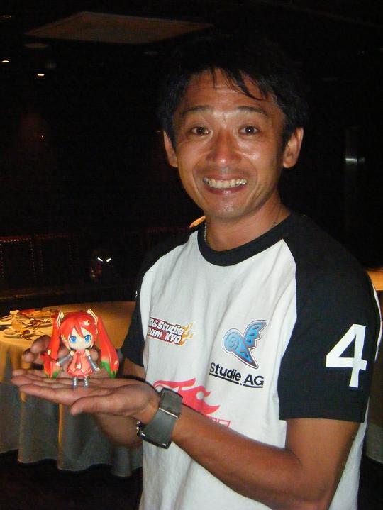 片山スポーティングディレクターと紅葉ミク