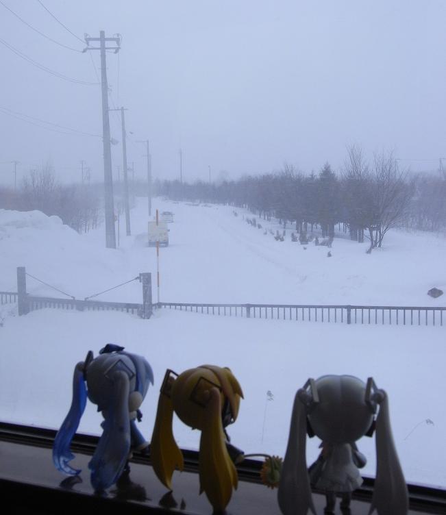 吹雪く車窓2