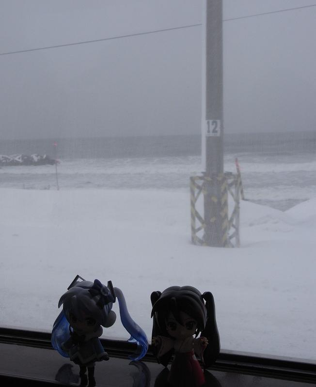 吹雪く車窓6