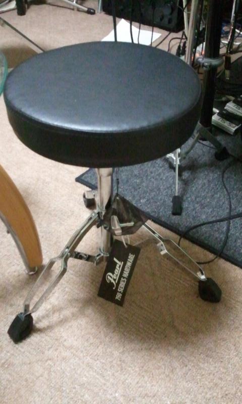 ドラム・スローン PEARL D-790