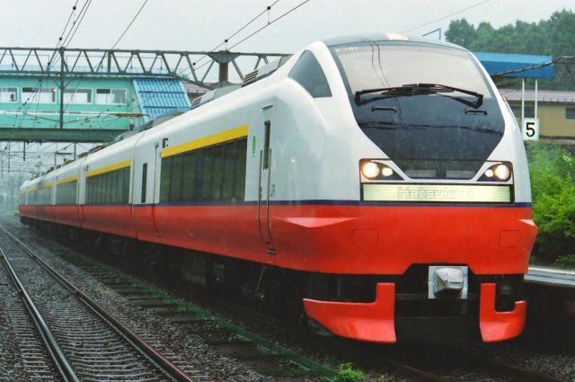 JR-W-751-hatukari-6cars_convert_20131113182740.jpg