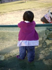 22日 公園で彩ちゃん (1)