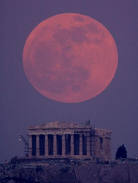 アテネ スーパームーン