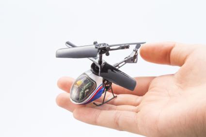 「赤外線ヘリコプター ナノファルコン」
