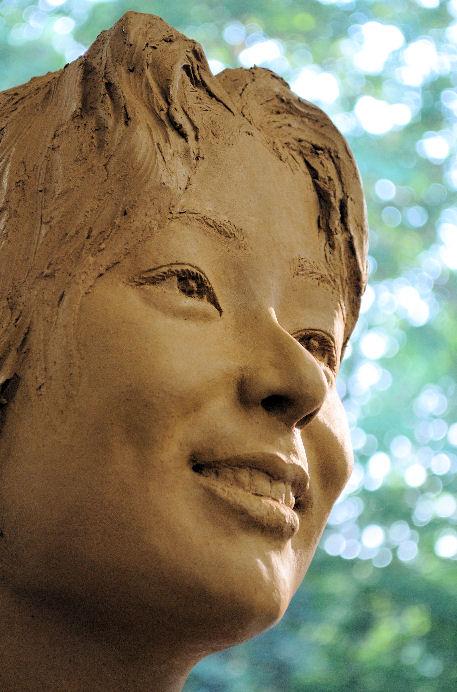 明星大学生涯学習講座「首像ほぼ完成」⑥ 松田光司作
