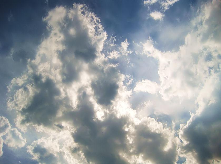 5月の雲 撮影 松田光司