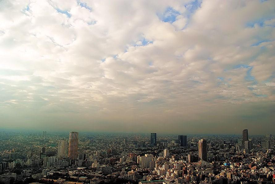 東京の空  撮影 松田光司