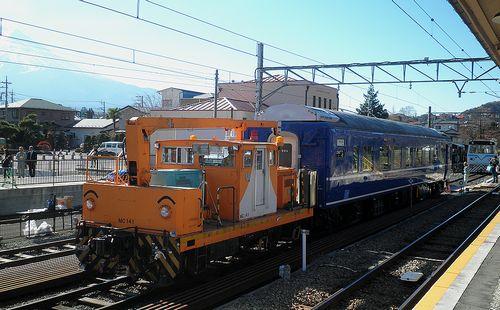 スハネフ14 20(富士急行下吉田駅・2013年11月30日)2