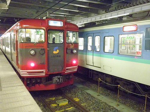しなの鉄道115系「S3」編成(2013年12月1日・長野駅)